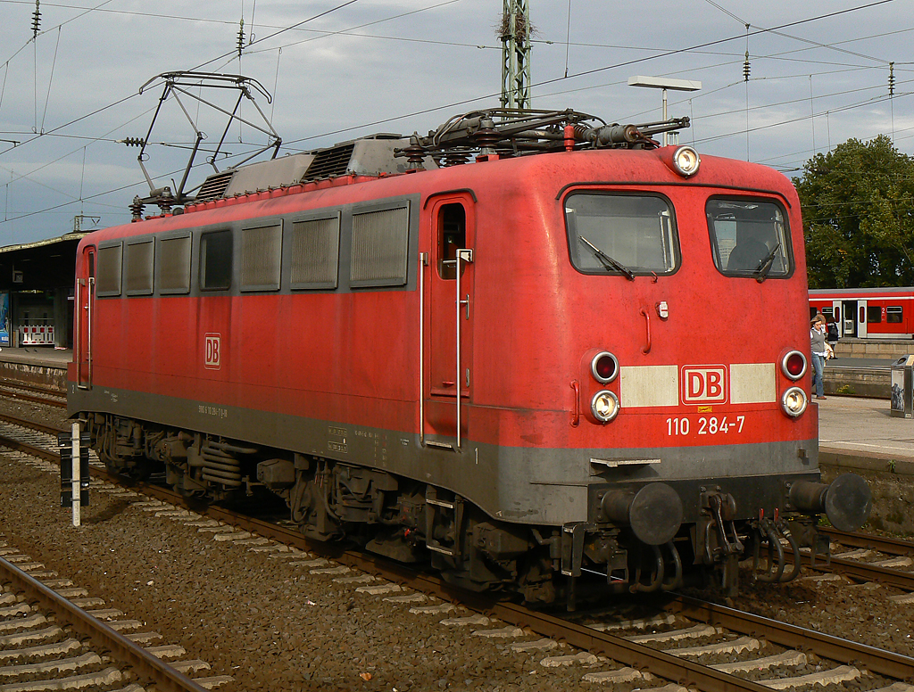 110 284-7 in Köln/Messe Deutz am 06.10.2010