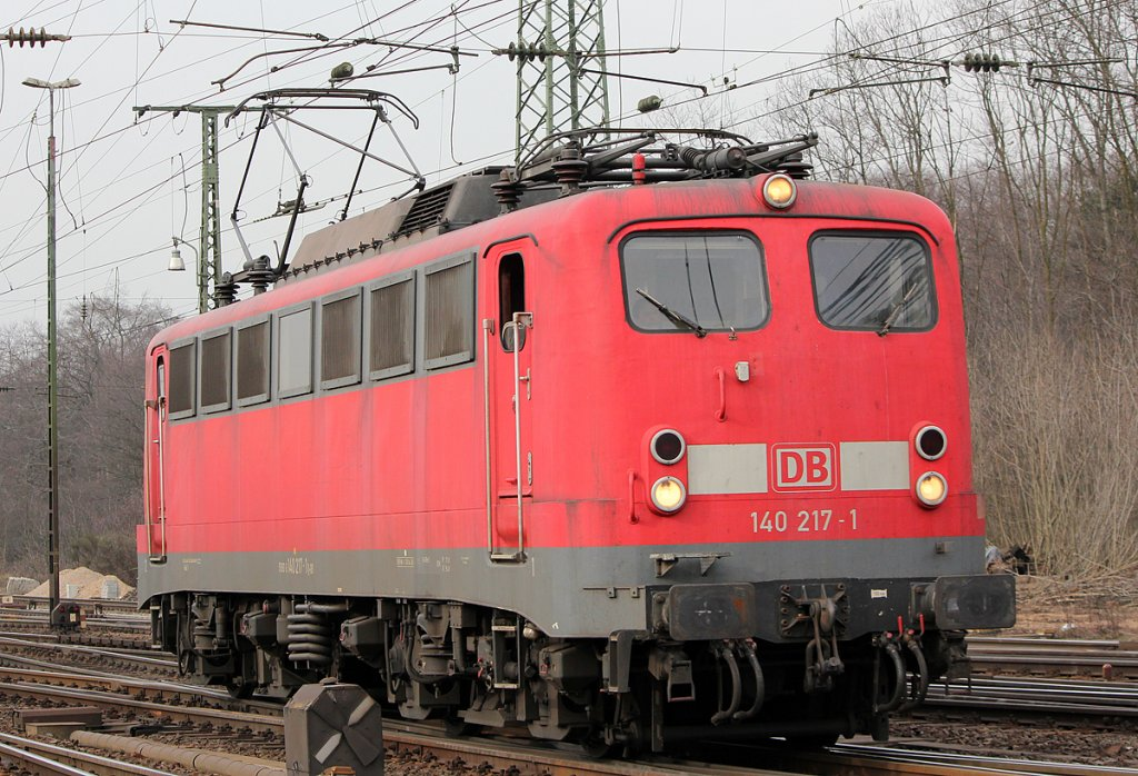 140 217-1 Lz in Gremberg am 23.02.2011
