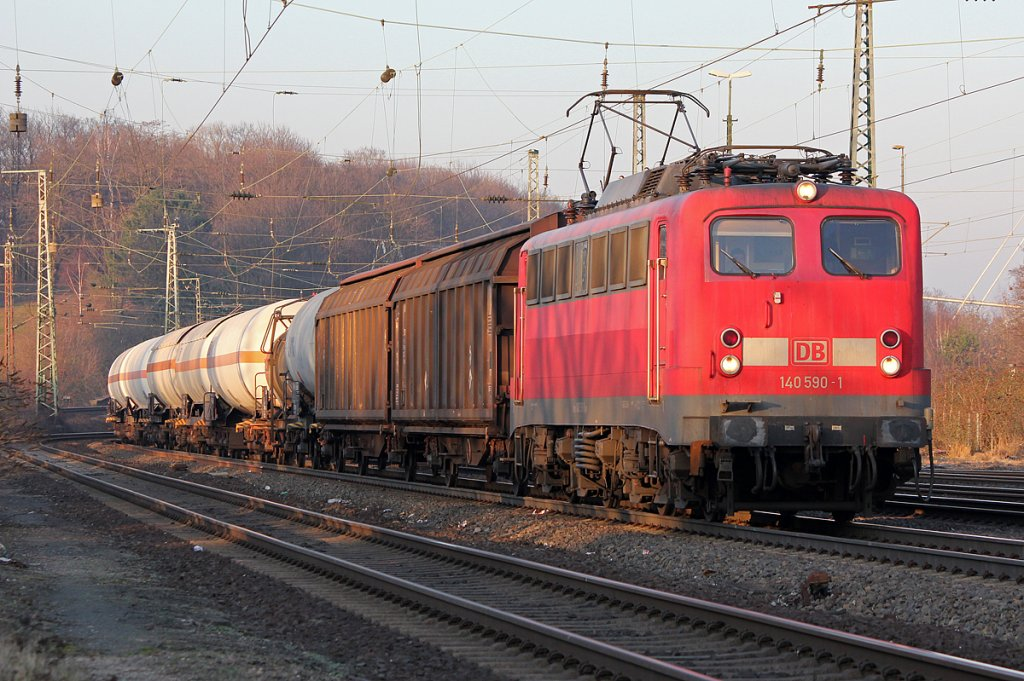 140 590-1 mit gem Gz. in Köln West am 02.03.2011