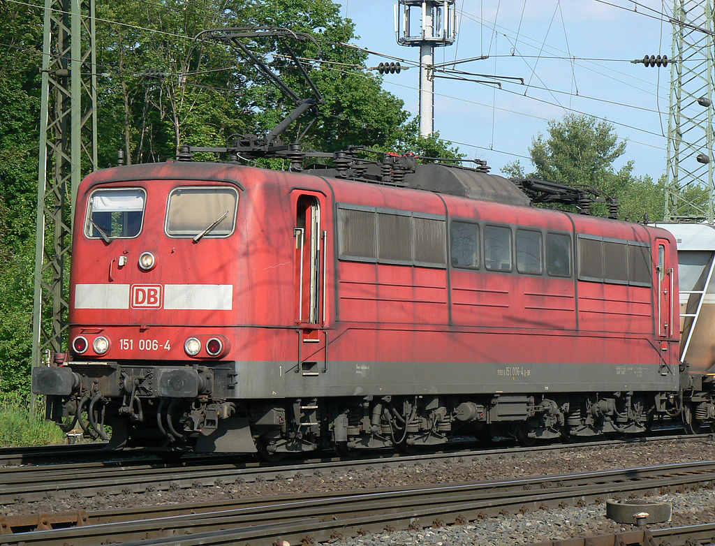 151 006-4 in Gremberg am 22.05.2010
