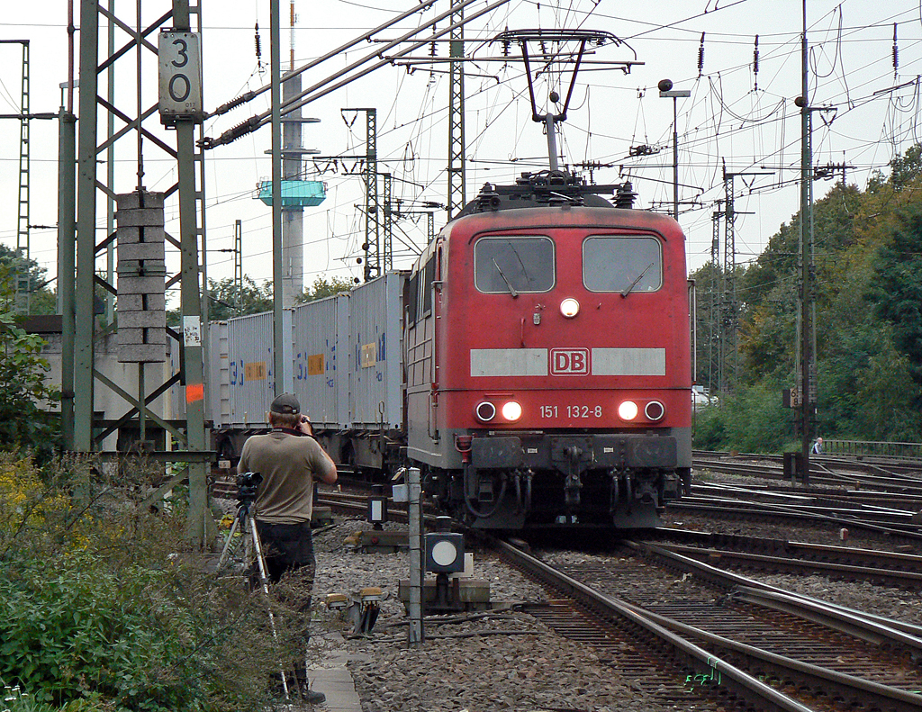 151 132-8 in Gremberg am 05.10.2010