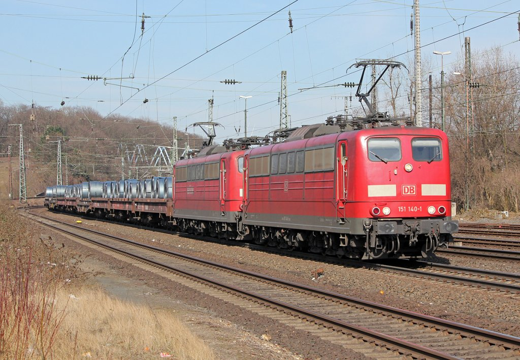 151 140-1 & 151 xxx-x in Köln West am 26.03.2013