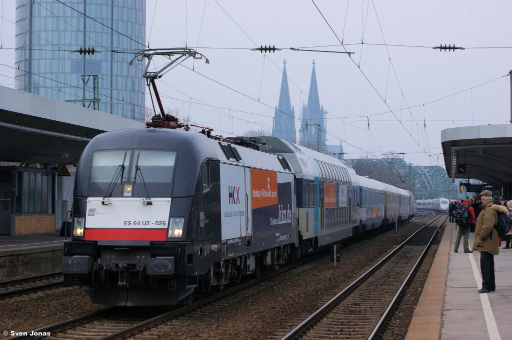 182 526-4 (MRCE/OLA) in Köln-Messe/Deutz am 3.3.2013.