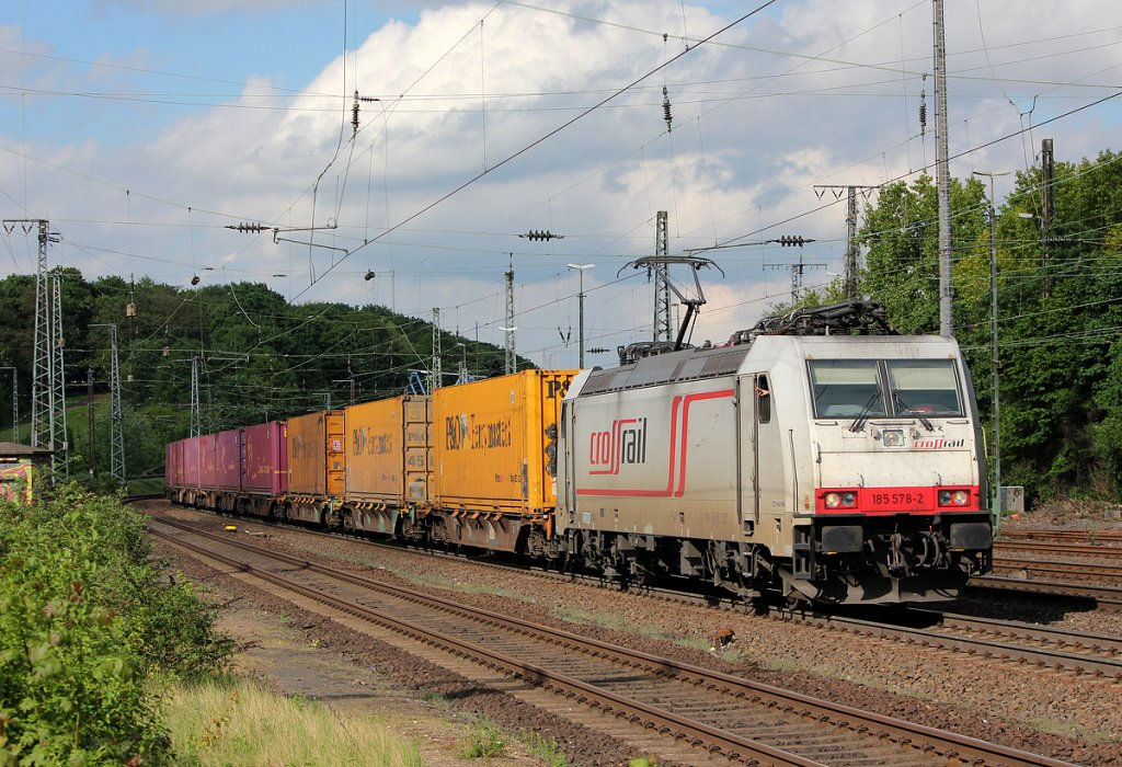 185 578-8 der Crossrail in Köln West am 11.05.2013