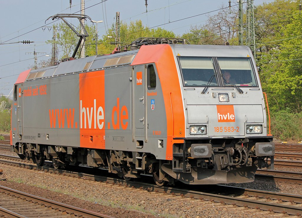 185 583-2 der HVLE Lz in Köln West am 08.04.2011