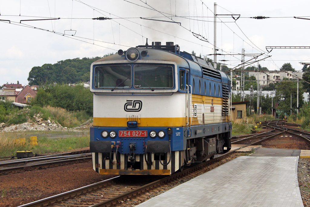 Die 754 027-1 in Klatovy am 05,08,10