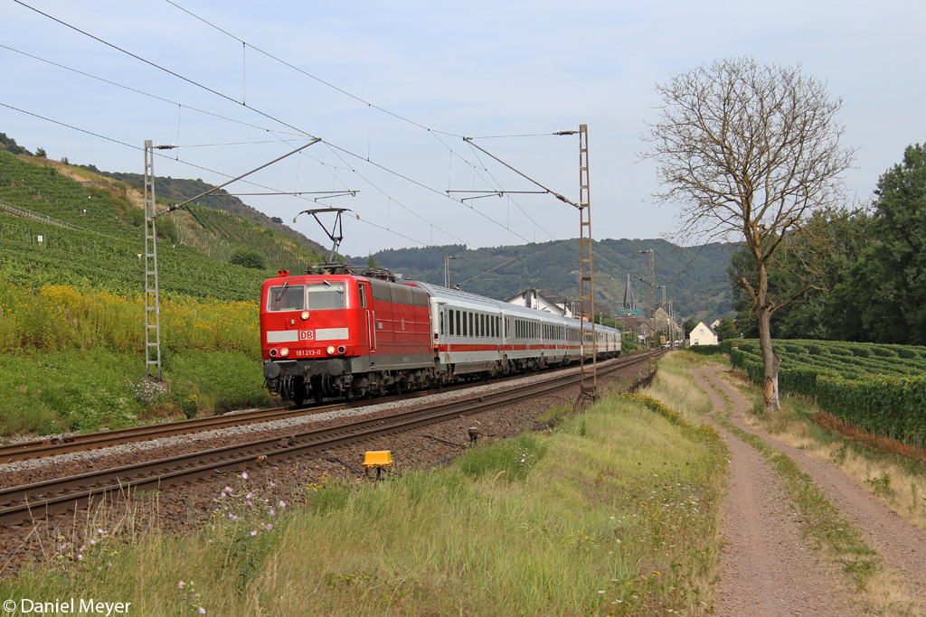 Die 181 213-0 in Pommern ( Mosel ) am 22.08.2013