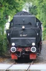 BR 52/71852/die-52-4867-kommt-von-koenigsstein Die 52 4867 kommt von Königsstein, legt in Kelkheim einen kurzen Halt ein und fährt am 23.05.2010 nach Frankfurt Höchst.