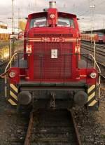 BR 260/44193/frontalansicht-der-260-770-3-in-neuwied Frontalansicht der 260 770-3 in Neuwied (Nov.09)