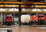 br-110-e10/147161/neben-der-110-188-befanden-sich Neben der 110 188 befanden sich am 5.10.2000 im Aw Dessau auch die 110 321 und 143 247 in Arbeit ...