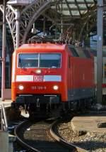 BR 120/57626/120-126-8-in-koeln-hbf-am 120 126-8 in Köln Hbf am 7.3.2010