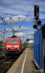 BR 143/95776/ebenfalls-aus-der-abstellung-kommt-die Ebenfalls aus der Abstellung kommt die 143 965-2 in den Stuttgarter HBF einzufahren Aufgenommen am 16.09.2010