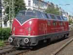 Auf Tour mit V200 033/75194/v200-033-beim-umsetzen-in-bonn V200 033 beim umsetzen in Bonn Hbf. am 06.06.2010