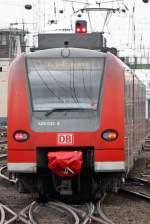 br-425/56407/der-flirt-express-425-033-8-in Der Flirt Express 425 033-8 in Köln Hbf am 28,02,10