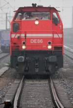 HGK Hafen - Und Guterverkehr Koln/122617/de86-in-bruehl-vochem-am-24022011 DE86 in Brühl Vochem am 24.02.2011 , Gruß an den Tf. :-)